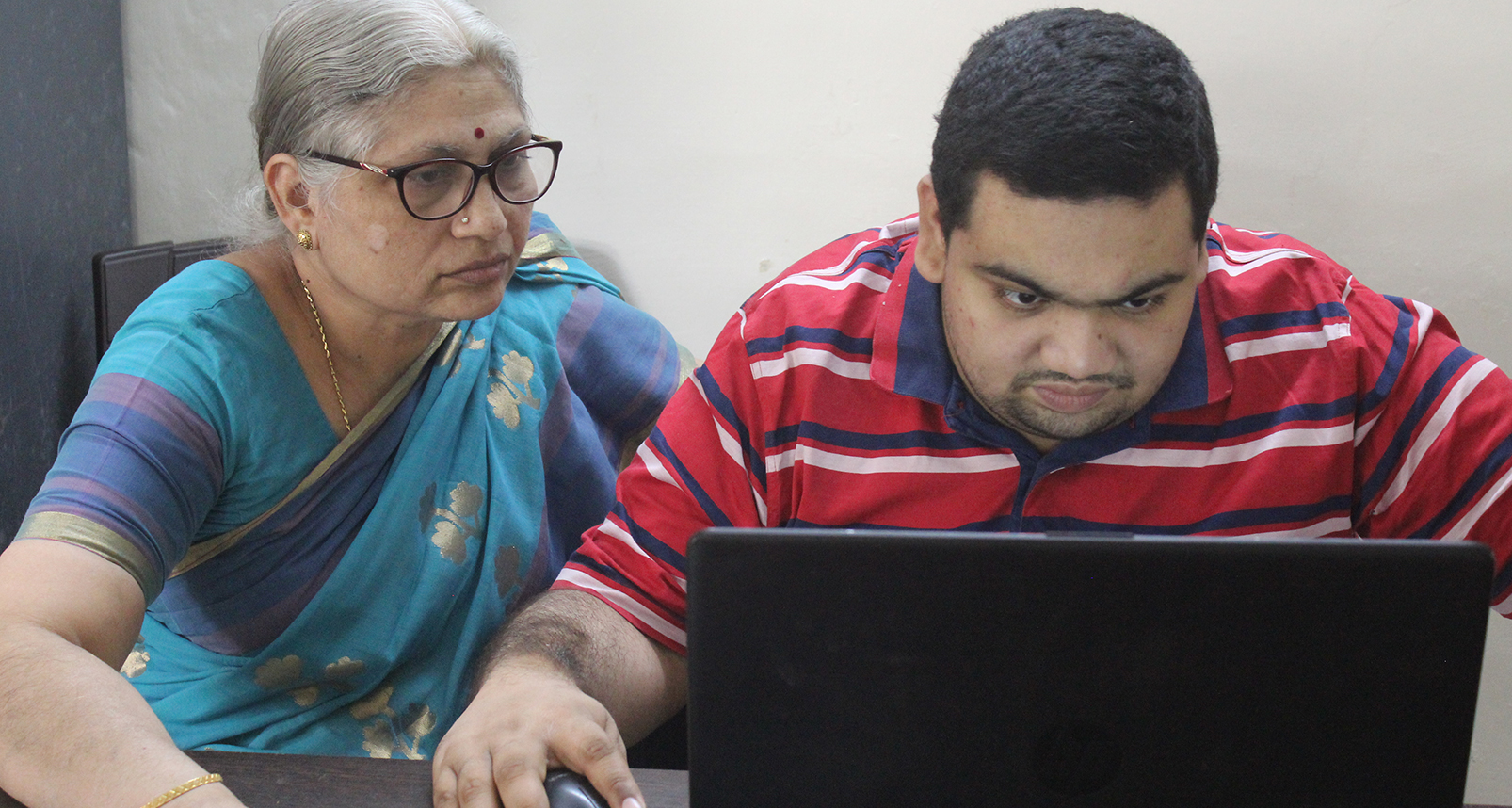 Invincible determination of a Single Mother – Nurturing the hidden talent of FutureCoder Arvind